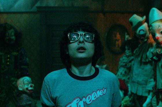 Finn Wolfhard de Stranger Things como Richie Tozier