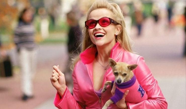 Reese Whiterspoon em Legalmente Loira